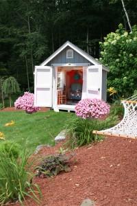 Căn phòng lung linh đón nắng giữa cỏ xanh